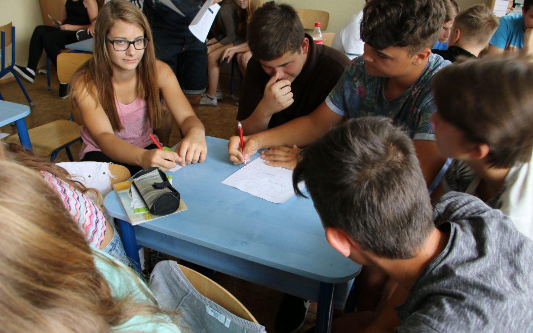 InformácieMladí ľudia vnímajú spoločnosť kriticky a zvažujú emigráciu