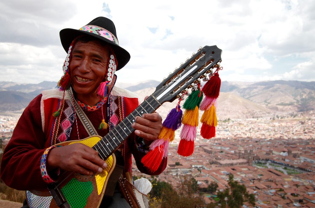 """PonukyProjekt """"English for children V"""" v Peru"""