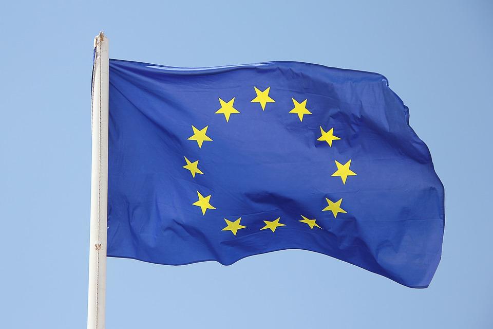 PonukyGranty pre novú generáciu siete Europe Direct