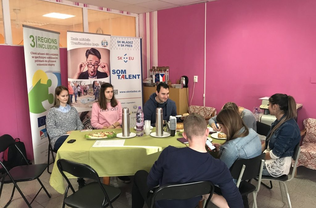 InformácieStretnutie pracovného tímu v rámci projektu Komunity / zisťovanie potrieb mládeže v meste Považská Bystrica
