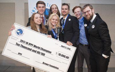 Študenti z LEAF Academy zožali svetový úspech – stali sa víťazmi medzinárodnej debatnej súťaže v New Yorku